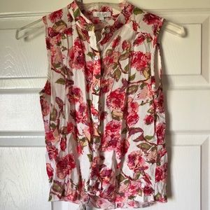 Very Pretty Floral Tank with Tie in front